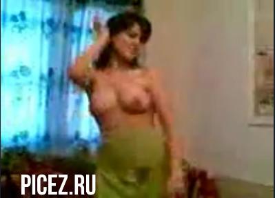 Порно большие сиськи узбечки, порно с очень сексуальными бомжихами на улице